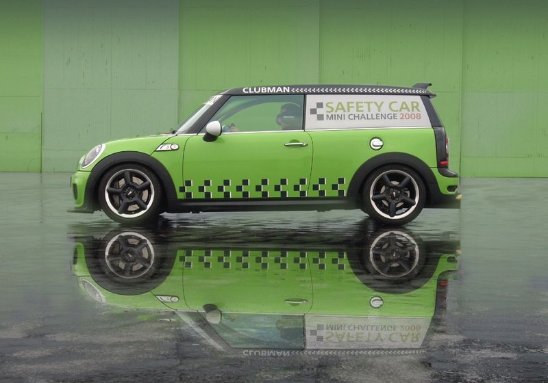 MINI Cooper Clubman MINI Challenge Safety Car