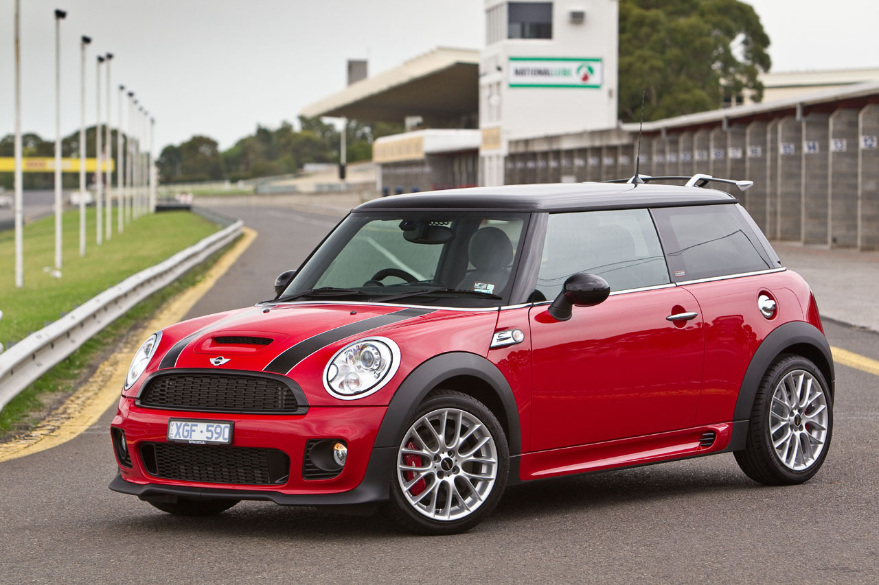 mini australia releases jcw challenge edition motoringfile. Black Bedroom Furniture Sets. Home Design Ideas