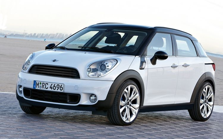 mini-countryman-front-three-quarters