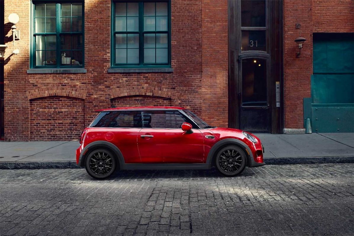 Mini Cooper Signature Line Is All About Miniusa Getting Serious Offering Value To Customers While We D Argue There S Already Plenty Of Be