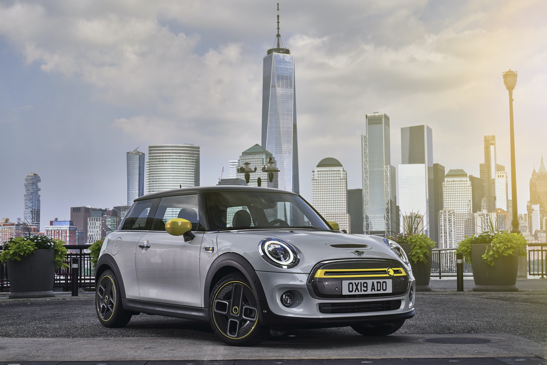 F56 MINI Cooper SE Electric